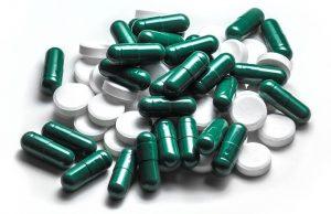 drug-1070943_640